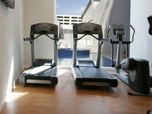 Premier Inn Abu Dhabi International Airport Abu Dhabi - Fitness Centre