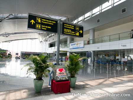 Da Nang Airport Departures Hall