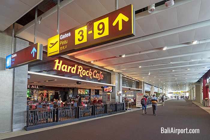 Hard Rock Cafe and Walkway to Departure Gates