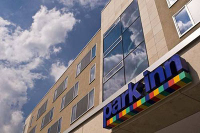Park Inn by Radisson Frankfurt Airport Entrance