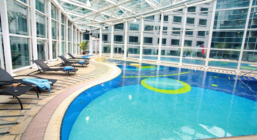 Regal Airport Hotel Hong Kong Pool