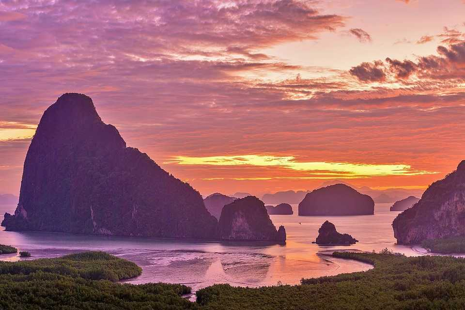 Phangnga with Off-Peak James Bond Island Tour