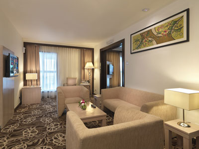 Sama-Sama Express Airside Hotel KL Airport Suite Room Interior
