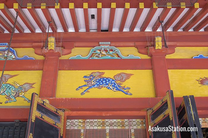 A painting of a kirin, a mythical animal similar to a unicorn, on the shrine's worship hall