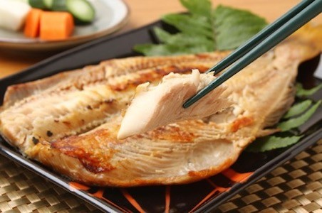 Mackerel from Hokkaido goes down nicely with a sip of rice wine