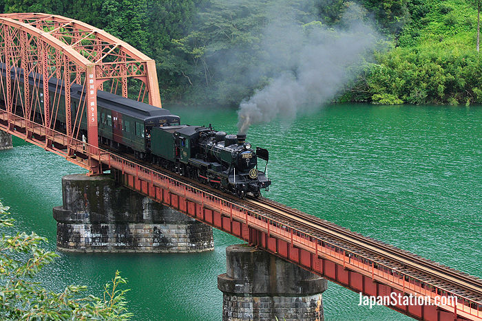 The SL Hitoyoshi - Kyushu's Only Steam Train