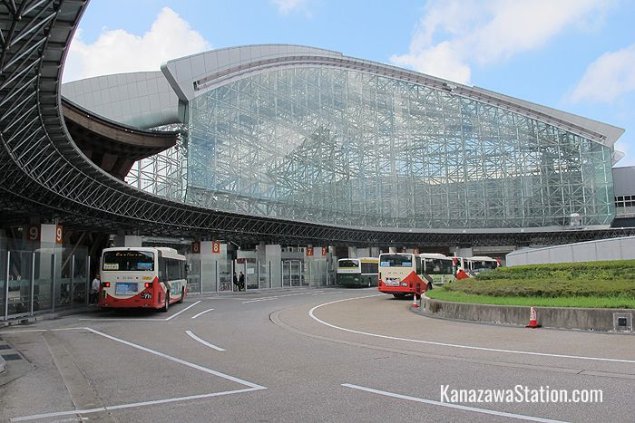 The East Exit bus terminal at Kanazawa Station