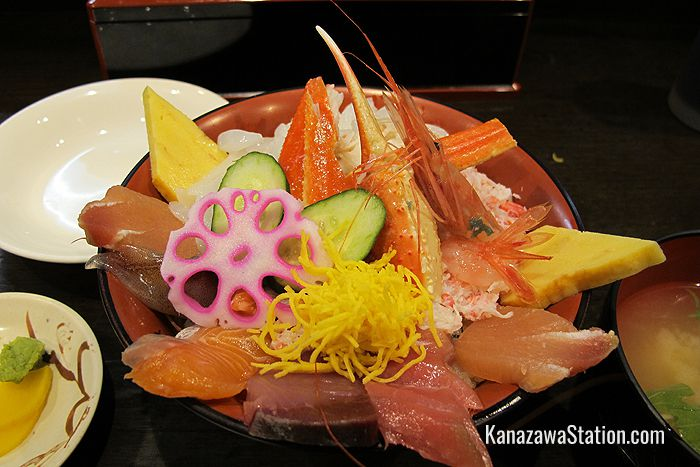 A bowl of rice topped with sashimi will cost you around 2,700 yen