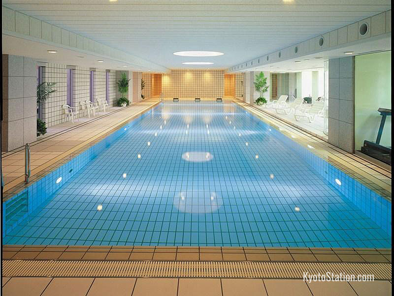 Indoor pool at Hotel Granvia Kyoto Station