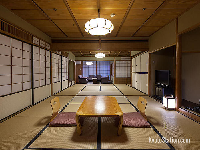 Japanese Style Room at Kyoto Tower Hotel