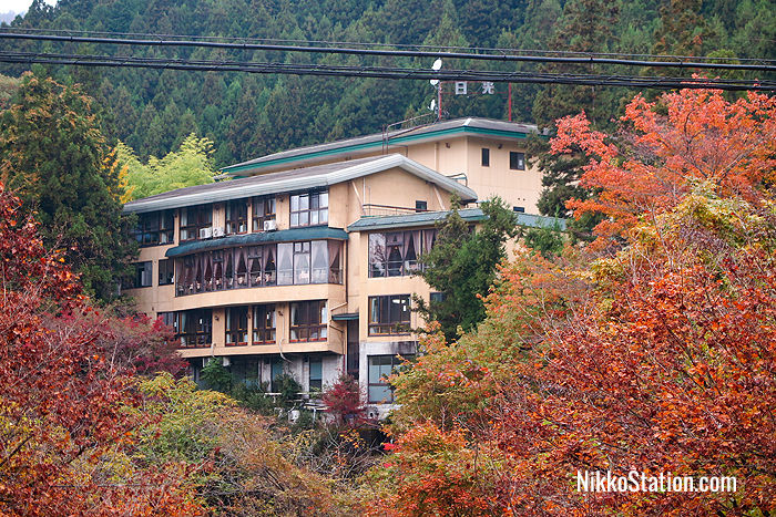 Guest rooms at Natsukashiya Fuwari look over a gorgeous mountain view