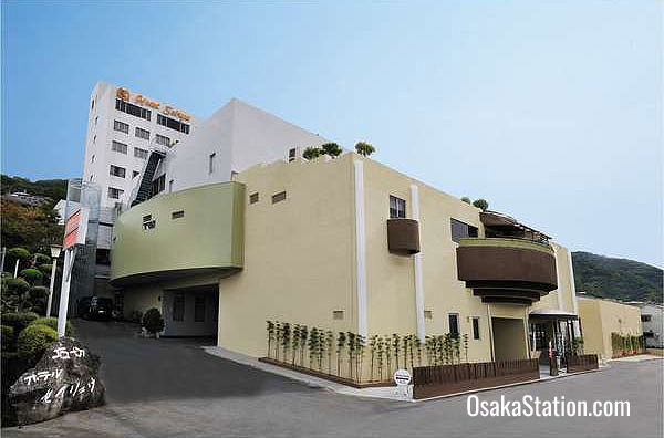 Hotel Seiryu was designed by the famous Japanese architect, Kisho Kurokawa