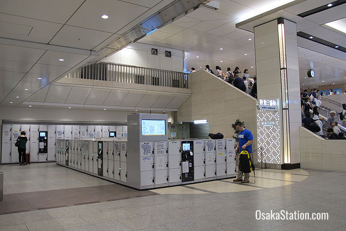 Lockers by the stairs on the 1st floor of Hankyu Umeda Station
