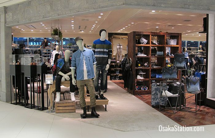 There is one section completely dedicated to men's wear on the 8th floor of Lucua 101