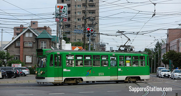 A typical green tram on Sapporo's Streetcar network