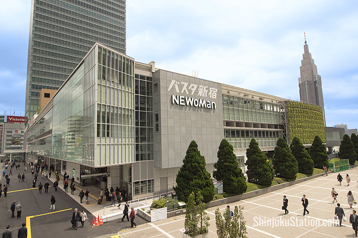 NEWoMan is a new fashion-oriented shopping mall on the south side of Shinjuku Station